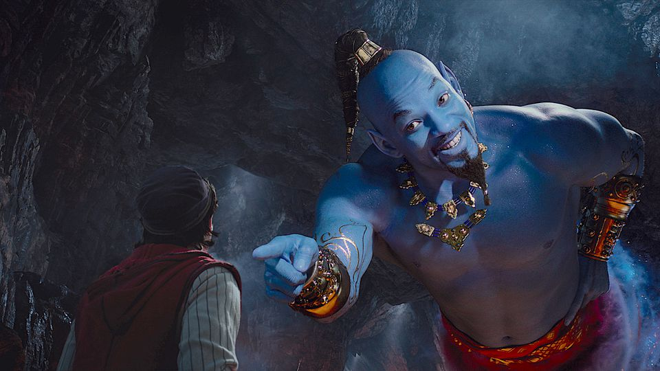Can Will Smith fill Robin Williams' shoes? In New Aladdin (2019)